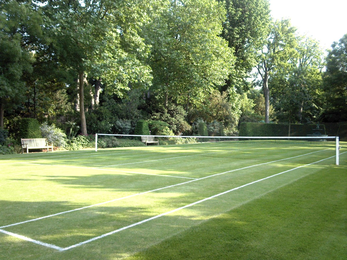 Court tennis herbe Ambassade Britannique Paris